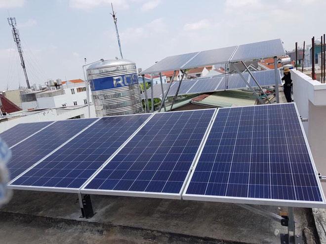 chi phí lắp đặt điện mặt trời