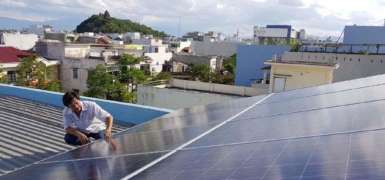 Lắp đặt điện mặt trời hồ chí minh
