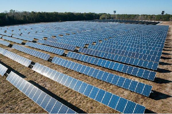 Lắp đặt pin năng lượng mặt trời Long An