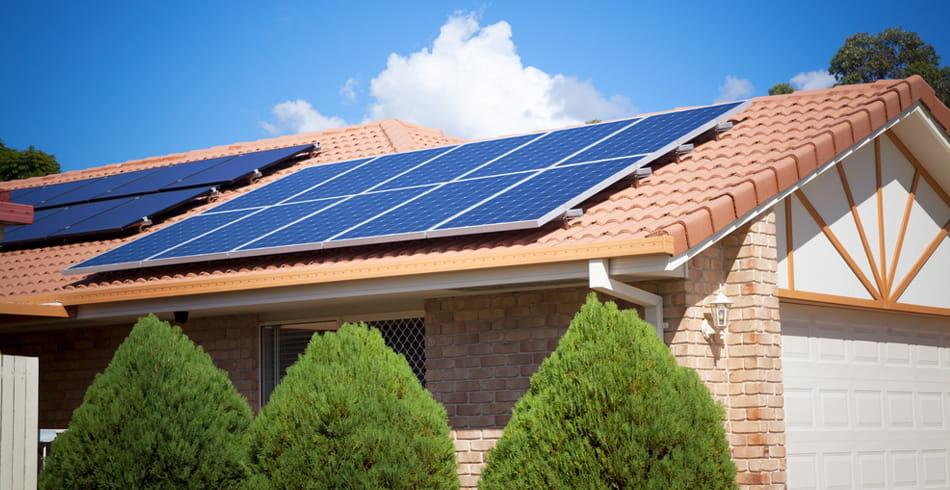chi phí lắp đặt điện mặt trời áp mái
