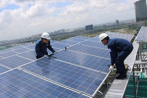 Lắp đặt pin mặt trời tại Bình Thuận